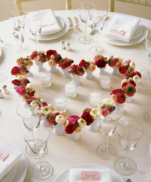 arreglo floral corazon Ideas para hacer Centros de Mesa originales