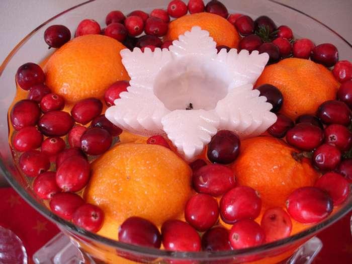 centro de mesa navidad frutas y velas fuente cristal Más Ideas de Centros de Mesa y Arreglos Florales para Navidad