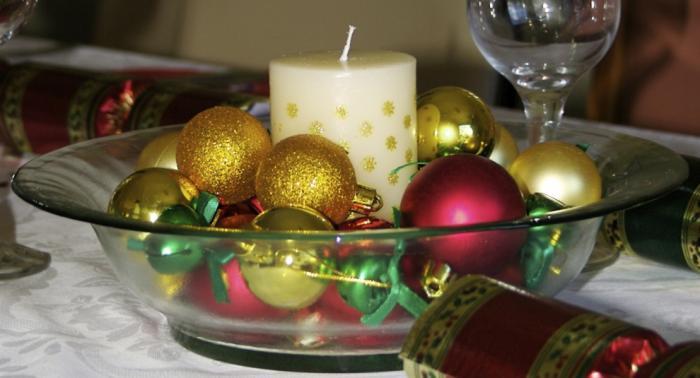 centro-de-mesa-navidad-fuente-cristal-bolas-vela