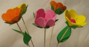 flor 300x160 Flores en Goma Eva